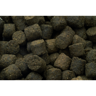 PELLETS CLUB SENSAS NOIR POISSON 8 MM 1 KG